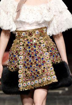 haute-vanity - runwayandbeauty: Detail at Dolce & Gabbana Alta Moda Spring… - Fashion In, Colorful Fashion, Fashion Details, Couture Fashion, Runway Fashion, Fashion Show, Fashion Dresses, Fashion Looks, Womens Fashion