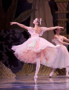 Ballet dancer Lesley Rausch in 'The Nutcracker'.