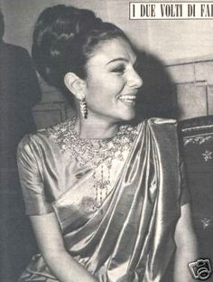 Farah Pahlavi in Italian magazine Gente, April 1967. She is seen wearing a gorgeous Indian sari and an exquisite necklace.