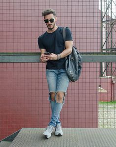 Outfit Men, Fashion Men, Destroyed jeans, New Balance - www.rodrigoperek.com
