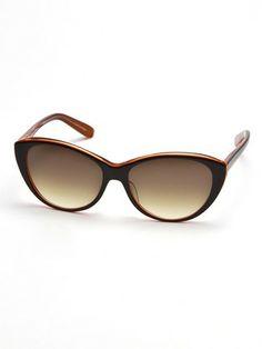 VIKTOR & ROLF - cat's-eye sunglasses model