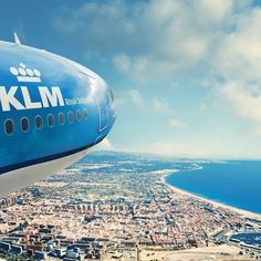Valencia a perfect place for a citytrip. Enjoy the architecture relax at Playa las Arenas and enjoy a nice plate of paella. We'll take you there starting 23 April. #KLM #klmdestination #Valencia Hotels-live.com via https://www.instagram.com/p/BEX9PLhEP0V/ #Flickr