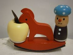A seesaw for an apple. Seesaw, Vintage Ornaments, Bookends, Table Lamp, Miniatures, Apple, Dolls, Home Decor, Apple Fruit