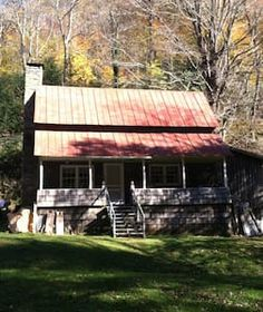 Check out this awesome listing on Airbnb: CALHOUN OLD HOME PLACE ~ Rustic Pioneer Cabin - Cabins for Rent in Newland