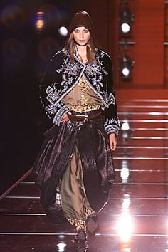 Christian Dior Fall 2001 Couture - Collection - Gallery - Style.com