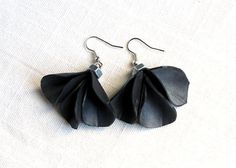 INNER TUBE EARRINGS. Black earrings made recycled inner tube and bolts - by Nokike