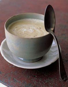 Creamy chestnut soup for Christmas dinner? Entree Recipes, Veggie Recipes, Fall Recipes, Holiday Recipes, Soup Recipes, Cooking Recipes, Diner Recipes, Christmas Recipes, Chestnut Soup Recipe