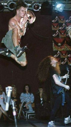 Philip h Anselmo and Dimebag Darrell (R. Music Pics, Music Love, Music Is Life, Rock Music, Music Stuff, Pantera Band, Heavy Metal Music, Heavy Metal Bands, Blade Runner