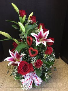 Flower Arrangement, Floral Arrangements, Art Floral, Ikebana, Fresh Flowers, Bouquets, Christmas Wreaths, Floral Wreath, Anniversary