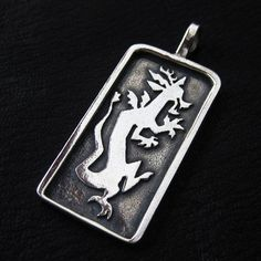Silver Discord pendant from The Sunken City by DaWanda.com