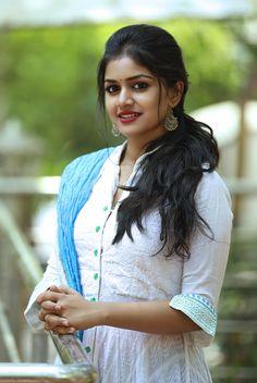 Beautiful Girl In India, Beautiful Girl Photo, Gorgeous Women, Beautiful Gorgeous, Beautiful Bollywood Actress, Most Beautiful Indian Actress, Beautiful Actresses, Beauty Full Girl, Cute Beauty
