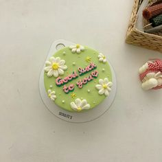 Pretty Birthday Cakes, Pretty Cakes, Mini Cakes, Cupcake Cakes, Frog Cakes, Simple Cake Designs, Korean Cake, Petit Cake, Cute Baking