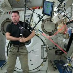 Beware of moldy bagpipes: Doctors warn musicians of health concerns - CNET Beware of moldy bagpipes: Doctors warn musicians of health concerns - CNET Enlarge Image Heres hoping astronaut Kjell Lindgre American Space, Medical Journals, International Space Station, Space Shuttle, Astronaut, Nasa, Science, Doctors, Health