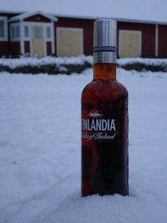Reader Recipe: Homemade Vanilla Extract... made from vanilla beans and vodka. AMAZING. I need to do this!