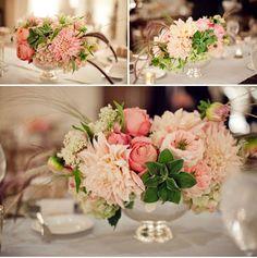 Букет с розами и георгинами