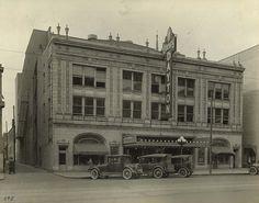 Loew's Dayton Theater, Main Street, Dayton, Ohio Centerville Ohio, Main Street, Street View, My Kind Of Town, Dayton Ohio, Old Buildings, Historical Photos, Architecture, Places