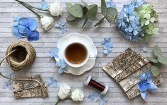 #flaviabrunifloraldesigner #coffeeoftheday #coffeetime #coffeelover #flowers #flowersoftheday #flowerslovers #flowersaddict #flowergram #lovemywork #myworkismypassion #ilovemylife #daisyflowersschool