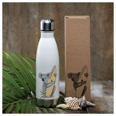 Cute Thermal Koala Flask with surfboard in its own gift box! See the link for more great Australian gift ideas. Australian Gifts, Australian Flowers, Australian Plants, Gifts From Australia, Thermal Flask, Kangaroo Paw, Gift Hampers, Chocolate Gifts, Online Gifts