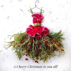 Wishing you all a merry, happy, peaceful, fabulous Christmas! Feeling very blessed and grateful! Elle Rose, Illustration Art, Illustrations, Fairy Clothes, Pressed Flower Art, Deco Floral, Leaf Art, Floral Fashion, Flower Dresses