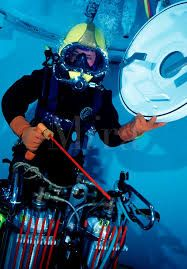 underwater welding pictures - Google Search;my son wants to be an under water welder