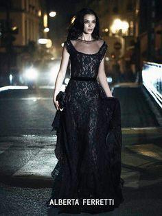 Campañas publicitarias moda otoño invierno 2013 2014 - Alberta Ferretti - Mariacarla Boscono - Peter Lindbergh