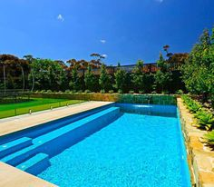Everyone loves luxury swimming pool designs, aren't they? We love to watch luxurious swimming pool pictures because they are very pleasing to our eyes. Now, check out these luxury swimming pool designs. Swimming Pool Landscaping, Small Swimming Pools, Luxury Swimming Pools, Small Pools, Swimming Pool Designs, Outdoor Swimming Pool, Backyard Landscaping, Backyard Ideas, Pool Backyard