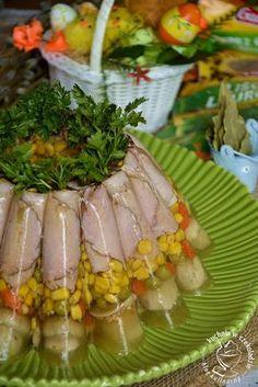 Wielkanocna babka z galarety, z warzywami i szynką, na wielkanocny stół, konkurs Galeo