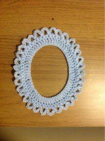 Hooks a Daisy: Pretty Crochet Frames