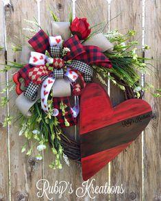 Valentine Wreath - Heart Wreath - Love Wreath - Grapevine Wreath - Valentine Decor - Love Decor