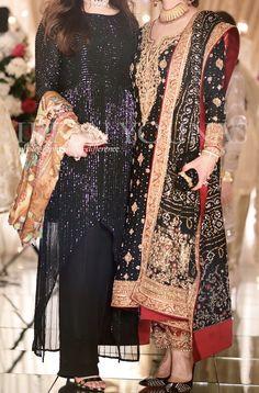Indian Fashion Tips .Indian Fashion Tips Beautiful Pakistani Dresses, Pakistani Formal Dresses, Shadi Dresses, Pakistani Wedding Outfits, Pakistani Dress Design, Bridal Outfits, Indian Dresses, Stylish Dresses, Simple Dresses