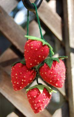 strawberries {felt food}