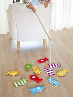 DIY Gifts for Kids -- Fishing Game for the boys to make Kevie?