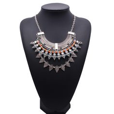7.31€ - Statement Metal Vintage Maxi Inlaid Carving Round Charm Chain Statement Necklace 5390 - Best Lady Jewelry Store
