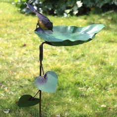 1000 id es sur bain d 39 oiseau pour jardin sur pinterest bains d 39 oise - Oiseau en fer pour jardin ...