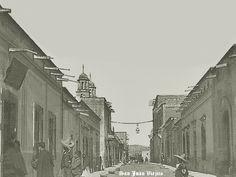 Calle de San Juan de los Lagos Jalisco Mexico  .....  Calle de la salida al puente al fondo isquierda la parroquia