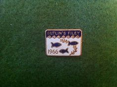 Butlins Filey Badge - 1966 - J R Gaunt London - World Cup Winning Year Badge Butlins Holidays, Camps, World Cup, Resorts, Badges, Yorkshire, Nostalgia, Patches, Childhood