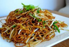 Fried Soy Sauce Noodles    http://topbestdesignideas.blogspot.in/2014/05/fried-soy-sauce-noodles.html