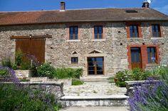 Prachtige, geheel gerenoveerde, natuurstenen boerderij, Toulx-Sainte-Croix, Creuse€239000