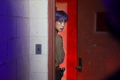"Wtf jin so handsome in ARMY zip😭"" Seokjin, Kim Namjoon, Kim Taehyung, Jimin, Vlive Bts, Bts Bangtan Boy, Jhope, Foto Bts, Bts Photo"