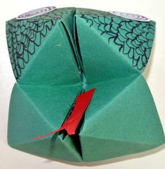 Bricolage en papier - Sev et Lolo scrapent ! Origami, Serpents, Hobby, Deco, Voici, Fruit, Halloween, Activity Toys, Xmas