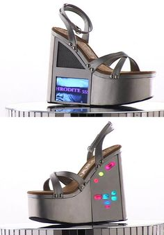 Okay, so I hate shoes like this.. then I saw what was on the wedges and I flipped out! haha