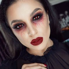 ❤️ V A M P I R E ❤ ️New Halloween tutorial is up on my channel link is on my bio! I will list all the details tomorrow❤️ goodnight my lovlies❤️