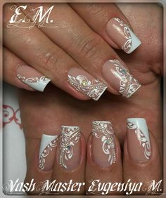 french nails tips Sparkle French Nails Elegant, French Nail Art, French Tip Nails, French Manicures, White French Nails, French Tips, Elegant Nail Designs, French Nail Designs, Acrylic Nail Designs