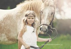 Rustic family photoshoot with horses by Alissa Saylor Photography