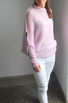 Light pink sweater light pink cardigan knitwear handmade image 2 Source by aoleinik Sweaters Cardigan Rosa, Light Pink Cardigan, Pink Sweater, Soft Pink Dress, Angora, How To Start Knitting, Mohair Sweater, Maternity Wear, Crochet Shawl