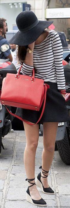 Fashion & Furniture Top Anna streep rood zwart met strikjes