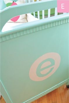 Love the initial on the end of this vintage crib! #projectnursery