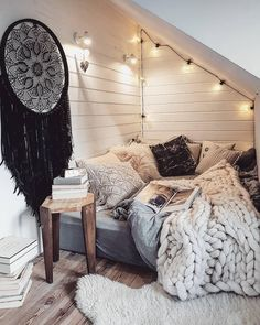 Sweet and Romantic Bedroom Ideas You Would Love To Have; Sweet and Romantic Bedroom Decoration; Sweet and Romantic Bedroom; Sweet and Romantic Bedroom Design;Sweet and Romantic Bedroom Decor; Room Ideas Bedroom, Home Decor Bedroom, Bedroom Bed, Master Bedroom, Bed Room, Master Suite, Warm Bedroom, Bedroom Curtains, Bedroom Wardrobe