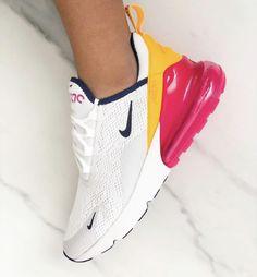 6 kleurrijke sneakers in teken van de Pride Week 2019