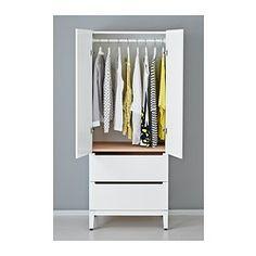 IKEA - NORDLI, Vaatekaappi, , Integroitujen vaimentimien ansiosta ovet ja laatikot sulkeutuvat hitaasti, hiljaa ja pehmeästi.Kaapin ulkopuolella olevat siirrettävät koukut tarjoavat hyvän paikan laukuille, kylpytakille ja asusteille.Hyllylevyssä ja laatikoissa on kaunis pyökkiviilupinta, minkä ansiosta kaappi on hyvännäköinen ja huoliteltu myös sisältä.Säädettävien jalkojen ansiosta seisoo tukevasti myös epätasaisella alustalla.